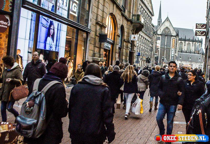 De Kalverstraat in Amsterdam