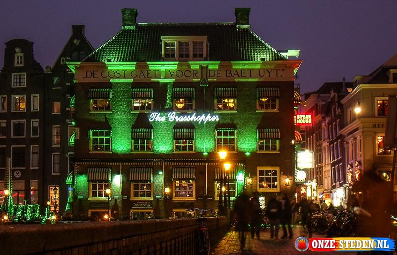 De Oudebrugsteeg in Amsterdam