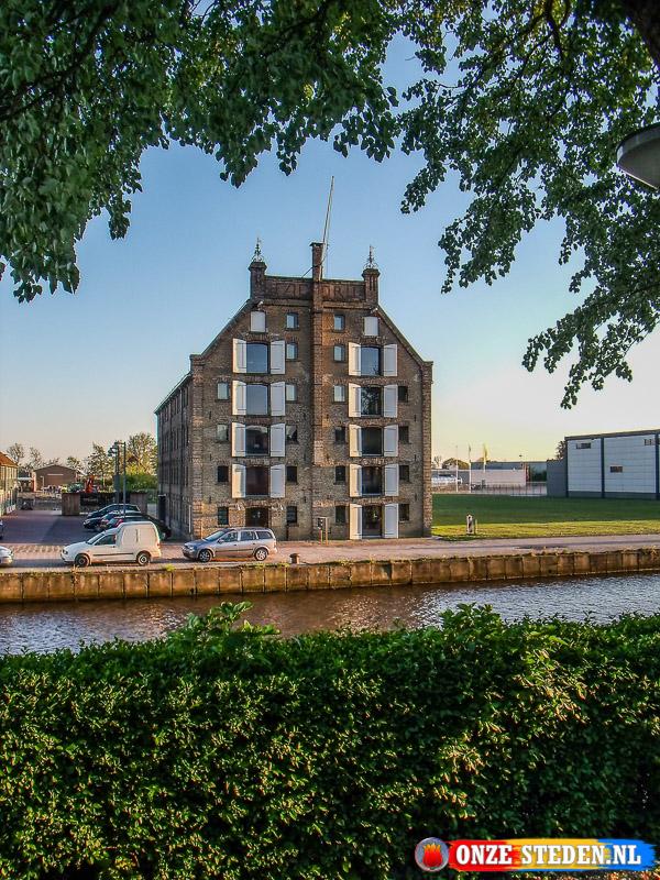 De Zuiderkade in Franeker