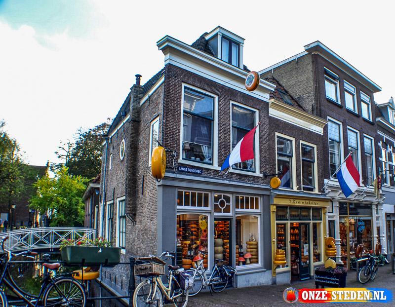 De Lange Tiendeweg in Gouda