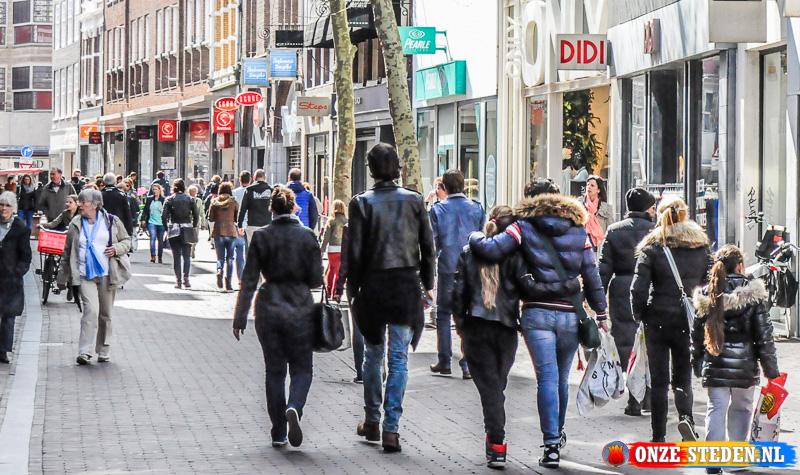 De Grote Houtstraat in Haarlem.
