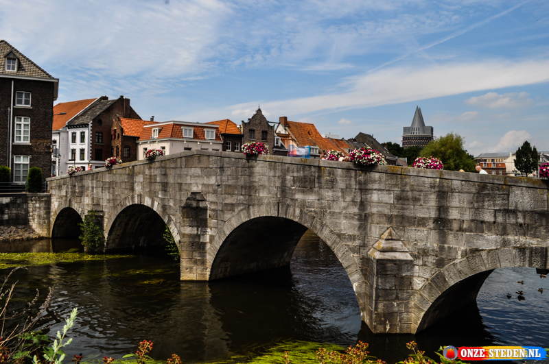 De Stenen brug in Roermond