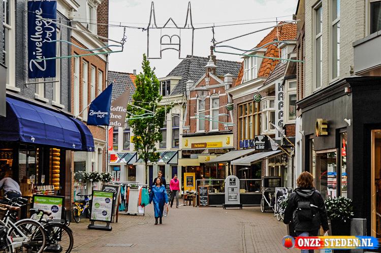 De Kruizebroederstraat in Sneek