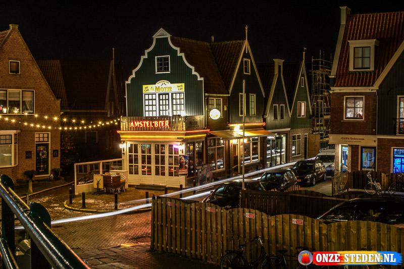 De Zeestraat in Volendam