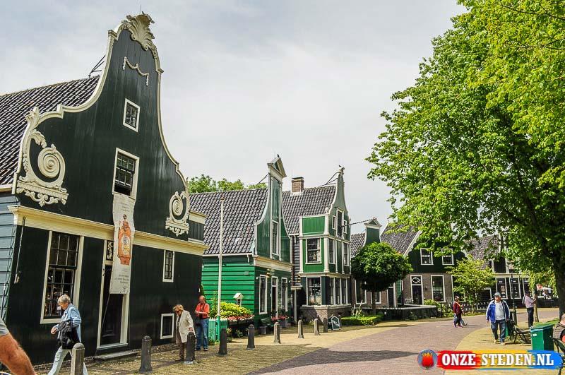 De Zaanse huisjes bij de Zaanse Schans