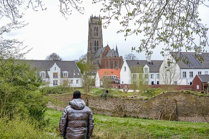 De Kerkstraat in Zaltbommel