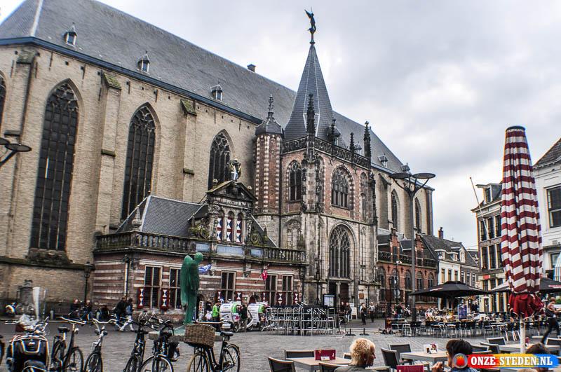 Sint-Michaëlskerk, vaak Grote Kerk genoemd in Zwolle